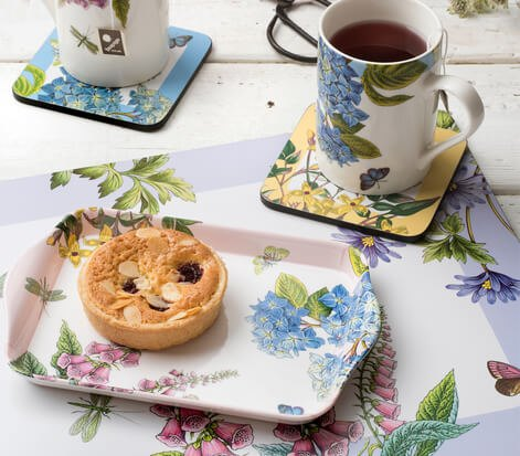 Uniquely designed mug and tray sets perfect for modern day living.